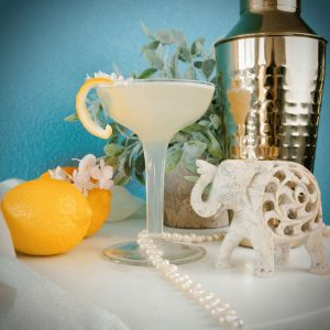 Missologist | The Bee's Knees Cocktail